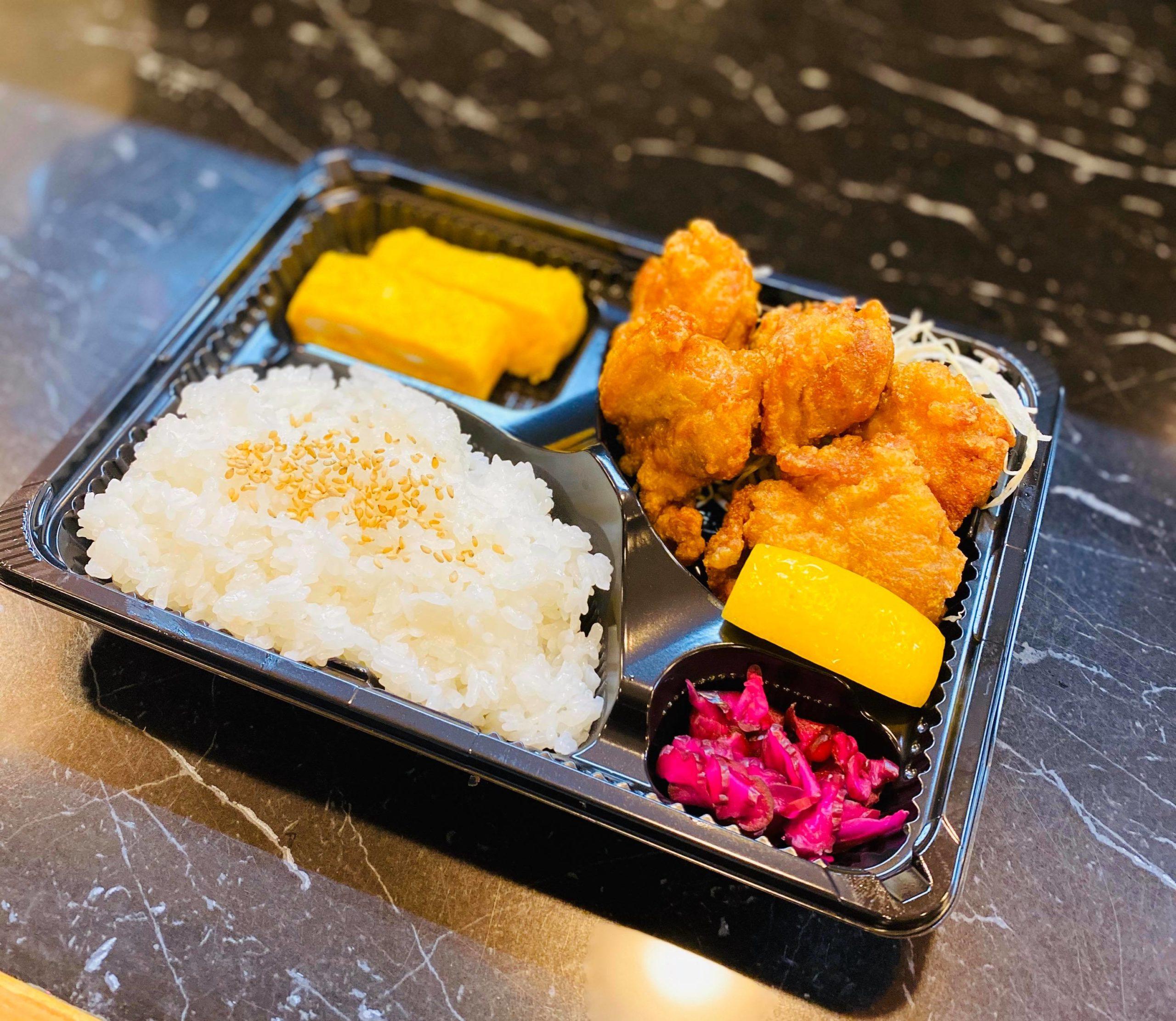 高石おうちじかん、泉大津のいち輪では、お弁当や丼のテイクアウトや出前もおこなってます。