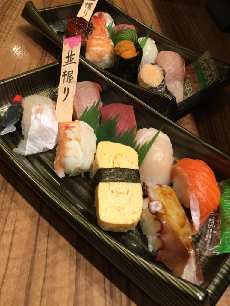 高石おうちじかん、にぎり寿司は、高石すし竜で。テイクアウトでご自宅でお楽しみください。
