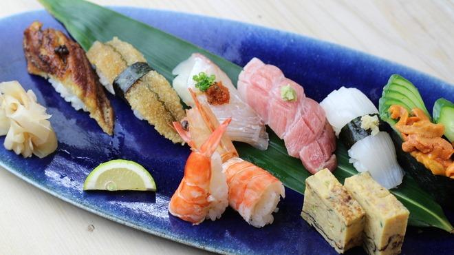 高石おうちじかん、羽衣駅すぐ。お寿司のテイクアウトは萩鮨へ
